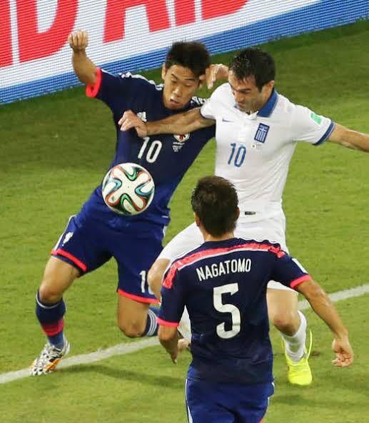 この試合でPAOKは香川の獲得を決めましたか?