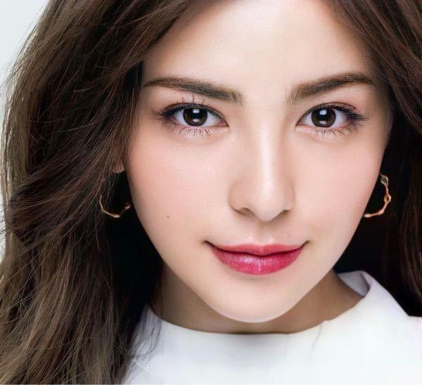 日本人男性ってなぜハーフ系、綺麗系な女性より丸顔で目が丸くて可愛い系が好きな人が圧倒的に多いのでしょうか?有村架純とか今田美桜を好きな人はたくさんいるのに、スミス楓好きという人を見たことありませ...
