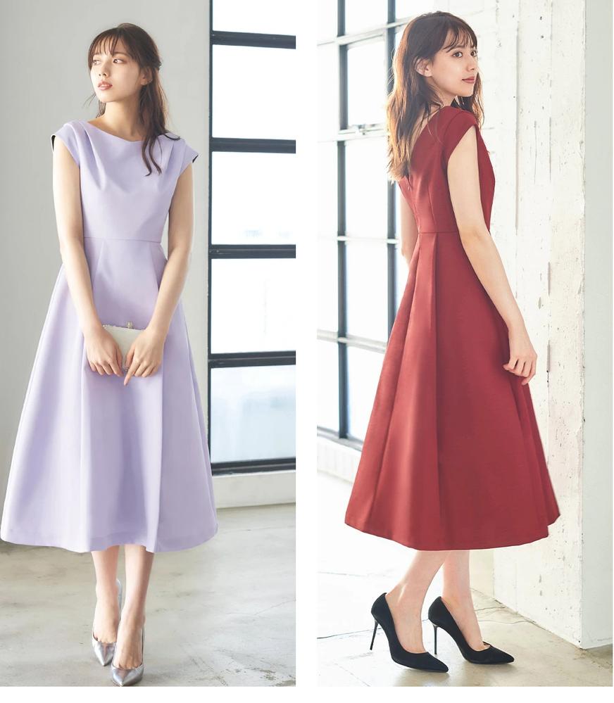 友人の結婚式用にドレスを購入しますが、どちらの色が良いでしょうか? 7月下旬の結婚式です。 https://item.rakuten.co.jp/girl-k/fu-381/ こちらのドレスが気に入っています。 私は身長164cmなので、膝下丈になります。 パーソナルカラーがサマーなので、ラベンダーの方が顔写りが良いです。でも、この画像だと、白っぽく見えるような気がします。 商品画像はフラッシュや加工をして明るくするのが常です。実際にはもっと色味があるのだと思いますが、危険でしょうか? 第一希望はラベンダーですが、ボルドーも気に入っています。安全のために、ボルドーを買った方が良いでしょうか? ラベンダーが大好きなので、悩んでいます。
