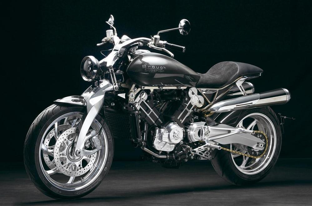 870万のバイクはカッコイイですか? チタン製のバイクだそうですが、カッコイイですか? 欲しいバイクですか!?
