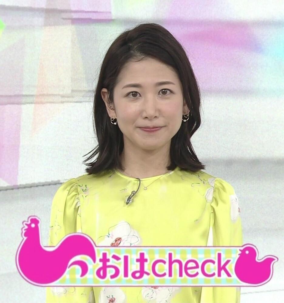 質問です。 1.桑子真帆アナ、黄色ベースの花柄トップスは素敵でしたか? 2.今朝の可愛さ度は如何でしたか(100点満点で)? (◆danさん用◆)