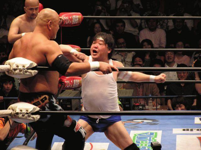 20年位前、大仁田厚は、前田日明を執拗に挑発してましたが、実現しませんでした。 大仁田VS前田戦が実現してたら、盛り上がりましたか?