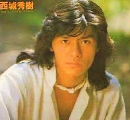 シニアの男性は 若い頃は長髪でしたか??