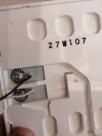 給湯器のリモコンですが、クロス張り替えの邪魔なので、ブレーカー落として一度配線を外し、クロス張り替え後に再接続しようと思うのですが、 大丈夫ですか?  再接続した時に設定とかあるんでしょうか…? 電気工事士の資格は持ってますので、作業自体は問題ないのですが。
