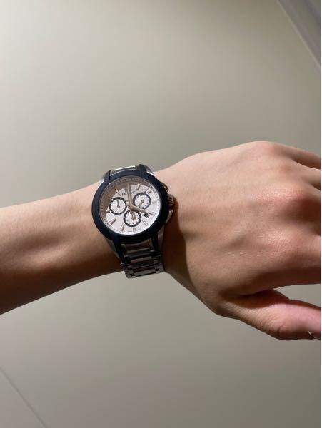 写真の時計渋いと言われたのですがかっこよくないでしょうか?渋いと言われて少し気にしてます…