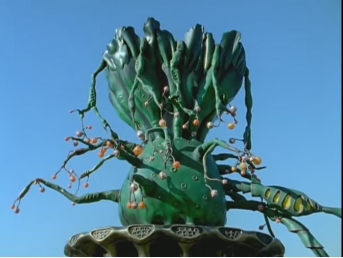 『デズモゾーリャの復活が近づくにつれ、アナザーアースの地面に根を伸ばしていく生命の樹』 想像してください。 「あなたが戦う敵組織の親玉がついに姿を現すに伴い、敵組織が地上にあることを仕掛けてきました」。 さて、親玉のために敵組織は一体何をしてきたのでしょうか? あなたの希望を回答してください。