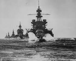これってなんの画像ですか?日本海軍ですか?出来れば船の名前と、どこに行軍してるとか戦いの最中だとか分かることを教えてください。