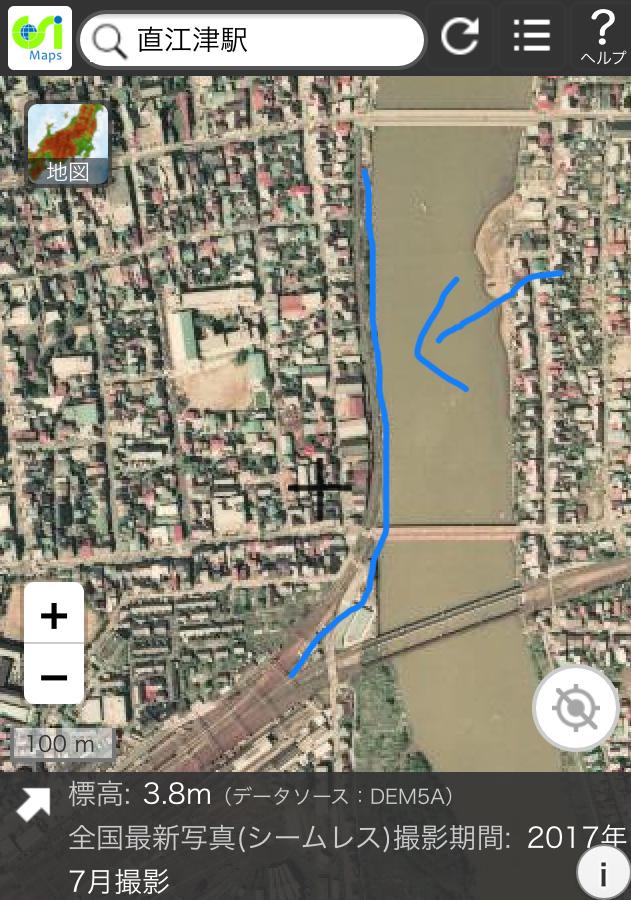 直江津駅から延びる廃線跡について、駅から川沿いに北進する線路跡がどのような廃線か教えてください。