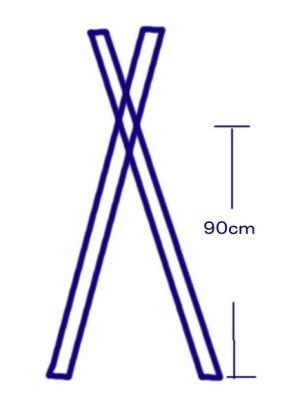 木材の長さと角度はどれくらいか、計算できません。助けてください! 図のようなハンガーラック(のつもり(^^;)を造りたいのですが、図のようにハンガーをかけるところから床まで90cmにするには、木材の長さと床につく部分の角度はどれくらいが適当でしょうか。 DIYというほどのものではありません。素人の工作です。激狭の空間をどうにかしたくて思いつきました。 ドリルなど持っていないので、パイプをとおす穴はあけずに、交差部分の上部にパイプを上置きして、針金で固定しようと思います。 作ってみて、自立しなかったら、そのときは何とかします。とりあえず、ホームセンターで材木を切る加工だけしてもらいます。 ですので、木材の長さと接床部分の角度だけ、どなたかご教示くださいませ。 どうか、よろしくお願いします。 ※市販では適当なものがなく、また貧乏なのでやむなく手づくりすることになりました。材料もできるだけ安くあげたいので、計画ができたら、とりあえずホームセンターに行って悩もうと思います。 もし、何か安くあげるためのアドバイス等ございましたら、大歓迎です!