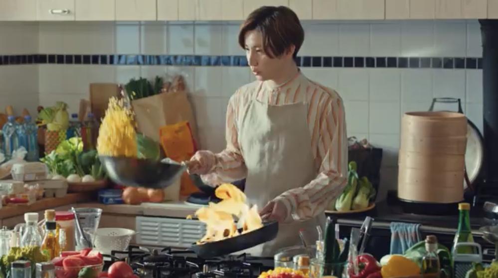 京本大我はチャーハンを作るのが上手いですか? フライパン使って米粒飛ばせますか?