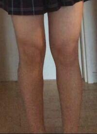 脚太いですかね?これでスカートはやばいですか?
