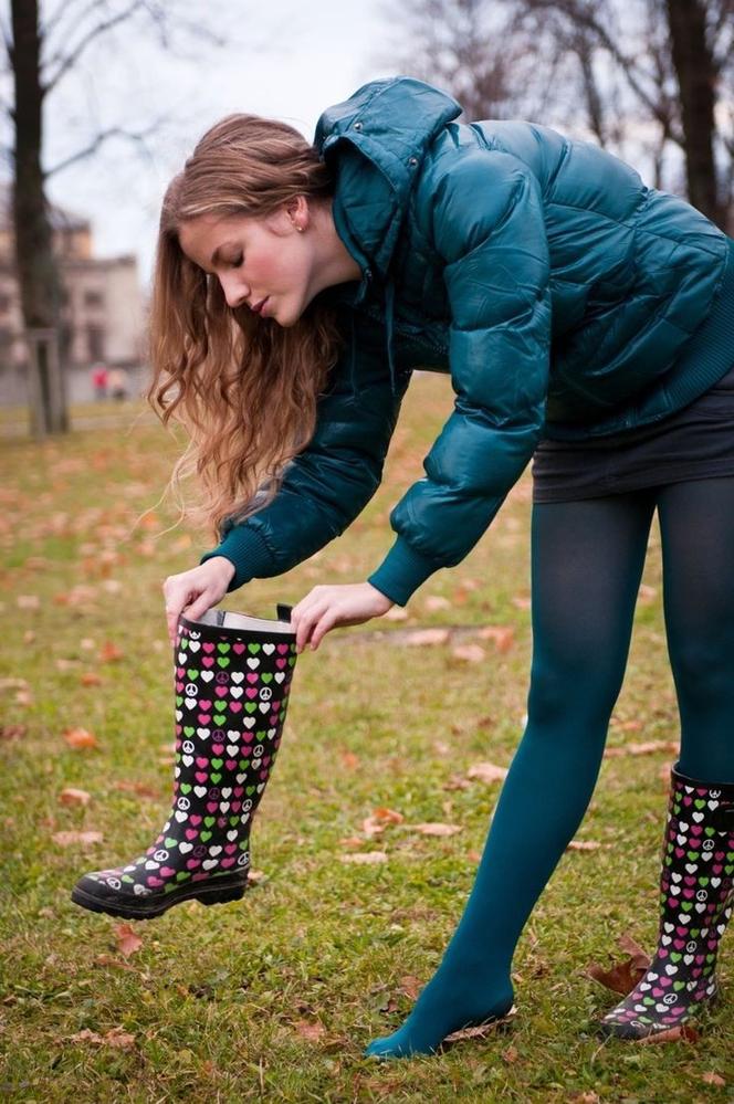 長靴の中ってすぐ足のクサイ臭いになりますか? うんこみたいな、納豆みたいな臭いになったりしますか?