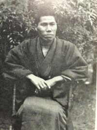 梶井基次郎の写真はこれ以外にないのですか。これ一枚で判断されてはかわいそうです。