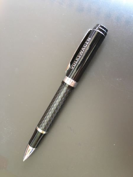 このボールペンの詳細を知っている方教えてください。