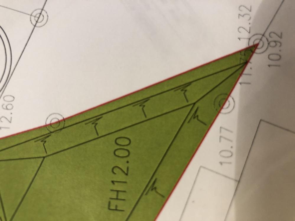 宅地開発の図面の見方について質問です。この記号の意味を教えてください。漢字の予みたいな記号です。 よろしくお願いします。