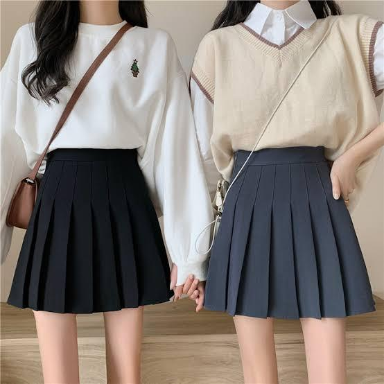 学校の制服のような普通のプリーツスカートを画像の韓国風?のプリーツスカートにすることって出来るのでしょうか? 教えてください!