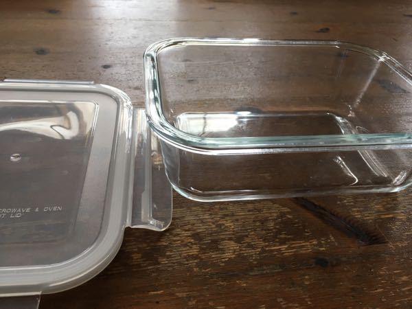 このようなガラスのタッパー?って何に便利なんですか?頂いたのですが重いし洗いにくいし、プラスチックのが軽くていいのですが。。 何か意味があるのかと思って。