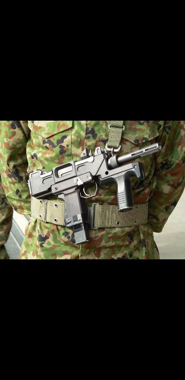 東京マルイで、9ミリ機関けん銃のエアガンが発売される可能性はあるでしょうか? 2018年にガスブロの89式小銃が発売されたこともあり、自衛隊装備をしたい人にはうってつけの商品だと思いました。 ※...