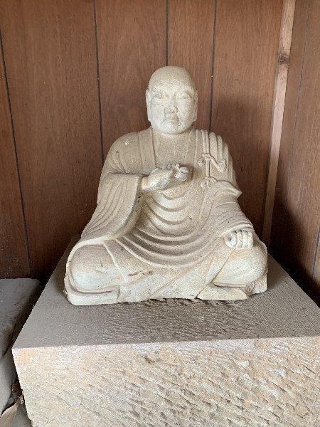 質問させていただきます この仏像の名前を知りたいのですが、どなたかご存知ないでしょうか? よろしくお願いします。