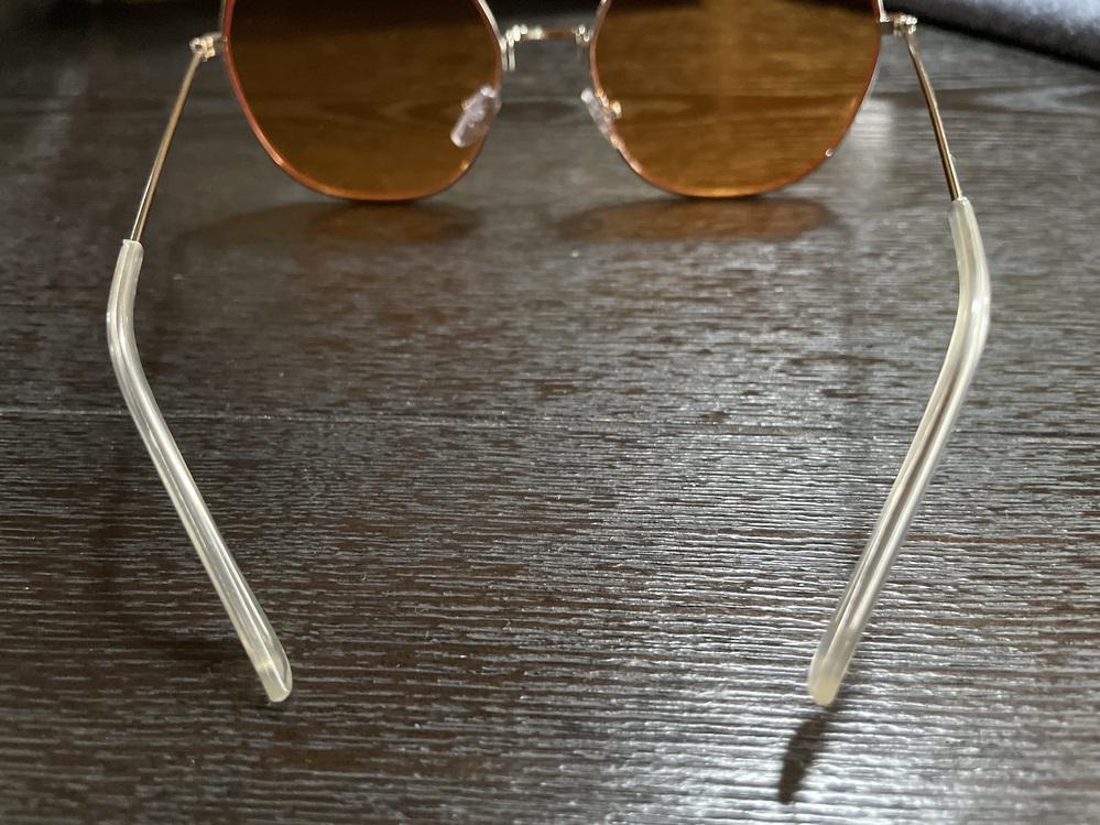 届いたサングラスがものすごく歪んでいました…直すことはできないのでしょうか…?