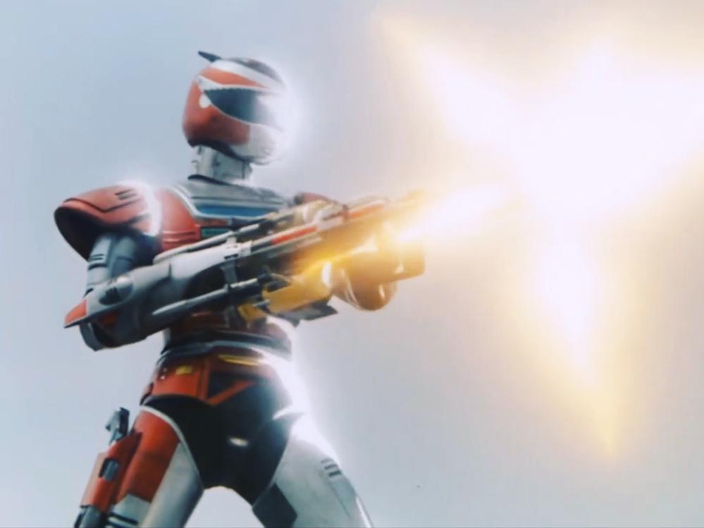 あなたが、次の言葉で思い浮かべるアニメや特撮(作品やキャラクター)は? 「ガトリング、機関砲」