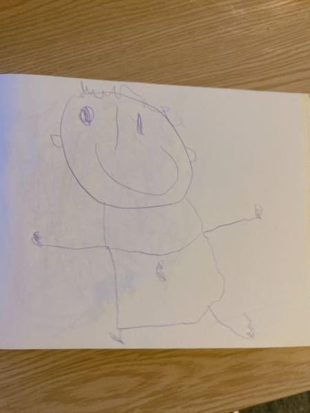 3歳8ヶ月の息子が描きました 年齢相応ですか? ちょっとじょうずなくらいでしょうか? それともこのくらいの年齢になるともっと上手くかけますか? 子供には1年の発達の遅れがあります。