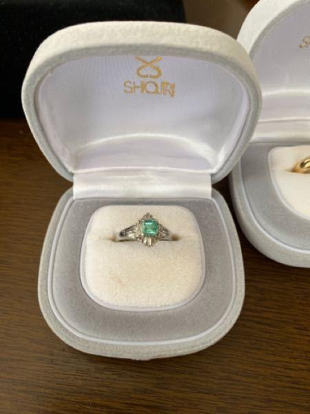 祖母の遺品を整理しているのですが、この指輪はなんというブランドのものなのでしょう、、、?