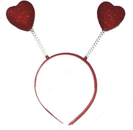 (`∇´) 【カチューシャ・大喜利】 ハートや星など、 女の子はバネの付いたカチューシャが好きです。 [問題] なんて可愛くないカチューシャだ! バネの先に『何』が付いていた?