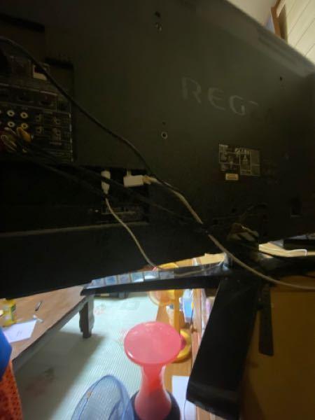 TOSHIBA regza 42z1 のテレビで録画を見ようとしたら、 登録されているUSBハードディスク、LANハードディスクがありませんとなりますが この2つのうちのどっちかを付けたら直りますか? また、どこに挿せばいいのでしょうか?
