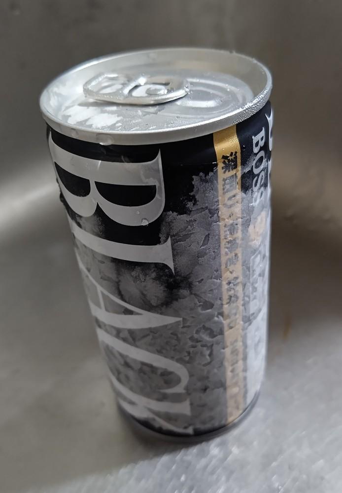 一度凍らせてしまった缶コーヒーを解凍させて飲むのは身体に良くないでしょうか。