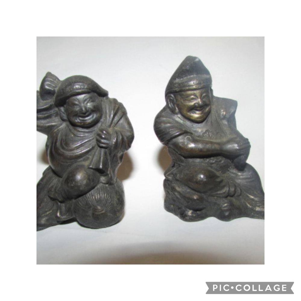 質問があります、戦前の神棚の大黒様恵比寿様の像があるんですが錆を落として今ある神棚にお祀りしたいのですが綺麗にする良い方法ありますか ?