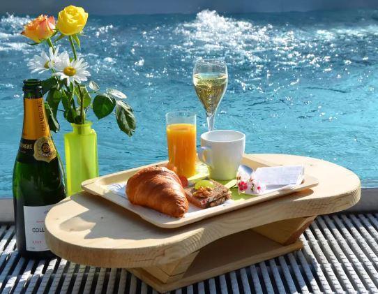 蒸し暑い休日の朝に とりあえず一杯 飲めるとしたら どんな酒と つまみ アテが最高ですか?