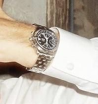 この時計のモデル分かりますか? 詳しい方お願い致します。
