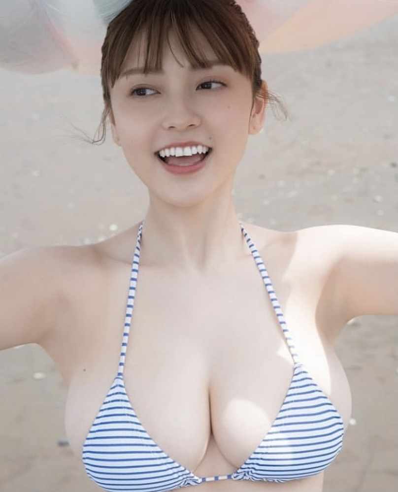 こちらの女優さん、モデルさんのお名前を教えてください。 よろしくお願い致します。