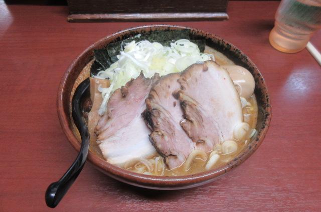 山崎のラーメン3連単。 さてどういう順番で食べたでしょうか? 例 アレ→アレ→アレ