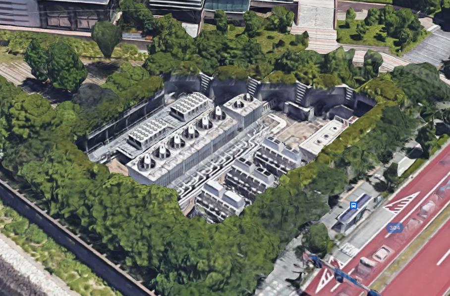 電車に詳しい方教えてください。 これは有楽町線の換気施設ですか? ずいぶん大きいですが、通常こんなスケールなのでしょうか? https://goo.gl/maps/L5BzKvrrXoJ2D2ha8