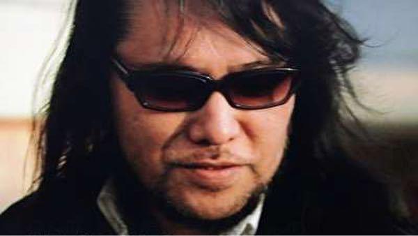 佐村河内さんと小山田さんだったら けしからんっ!のは どっちですか? 音楽関係には怪しいのが 多いと思いますか?