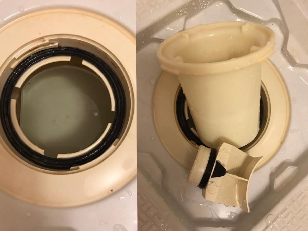 お風呂の排水溝なのですが、掃除をしていたら流しの中音の空洞官と同じだと思い、洗っていたら 画像の小さい矢印のある物が取れてしまいました。 掃除後、取り付けようと思ったら、それらしきところが見当たらず 横の方に穴はあったのですが、そこに付ける感じでないのですが、この小さい方は何かご存知の方はいませんか?