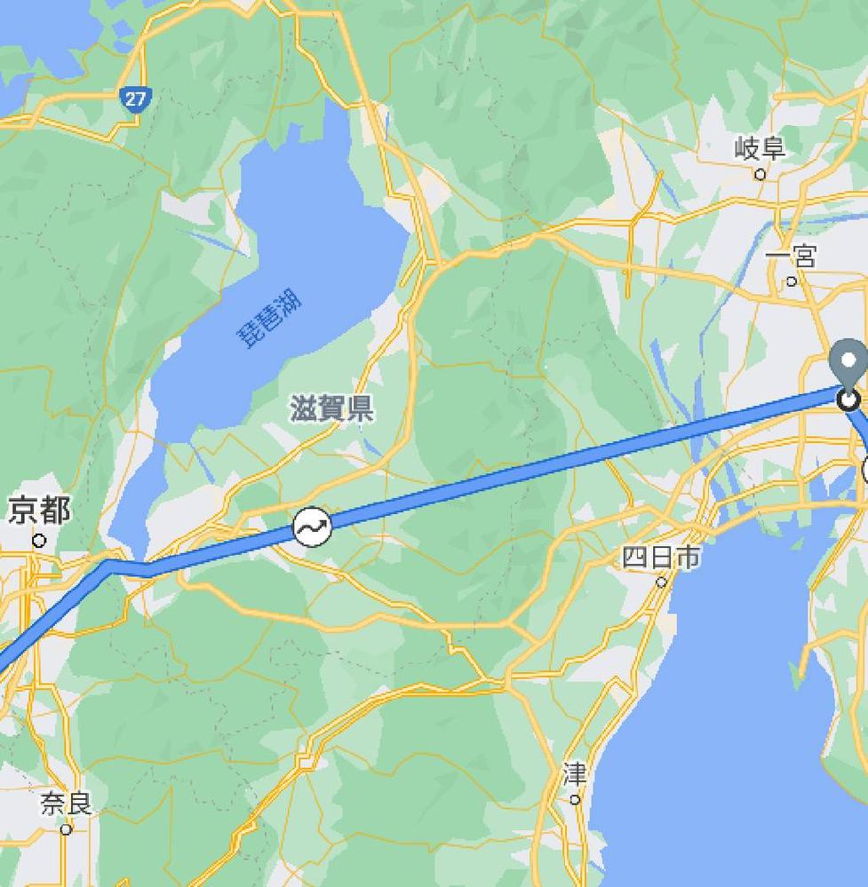 グーグルマップのタイムラインが途切れます。 以下写真は大阪から名古屋まで新幹線で移動したときのタイムラインですが、京都・名古屋間でGPSが切れてしまい直線的に移動したことになっています。 これを...