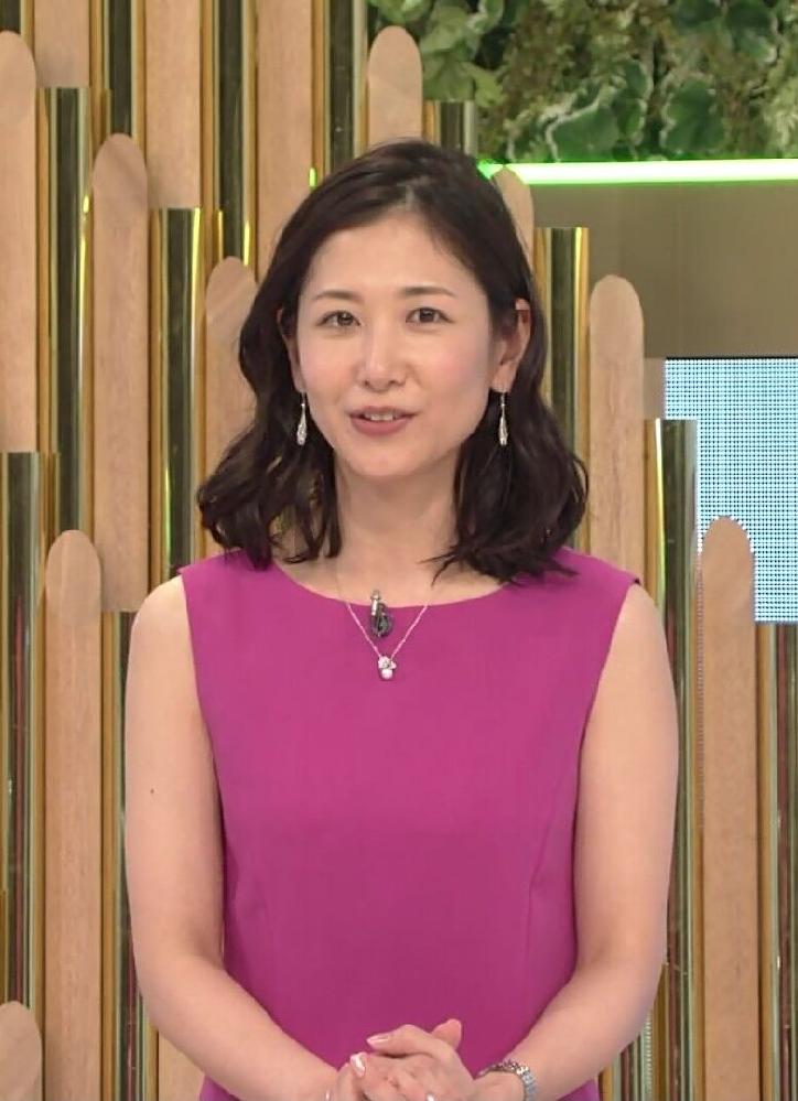 質問です。 1.昨夜の桑子真帆アナ、紫のワンピースは素敵でしたか? 2.昨夜の可愛さ度は如何でしたか(100点満点で)? (◆danさん用◆)