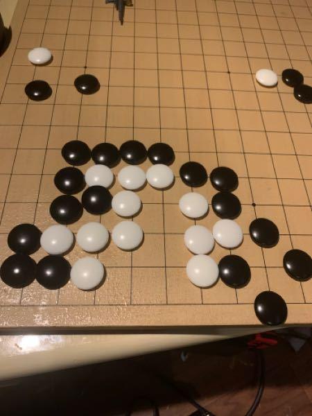 詰碁の問題です。黒先白死なんですが19の6が正解なのですが何故18の7ではダメなのでしょうか?これでも死にそうな感じなのですが。