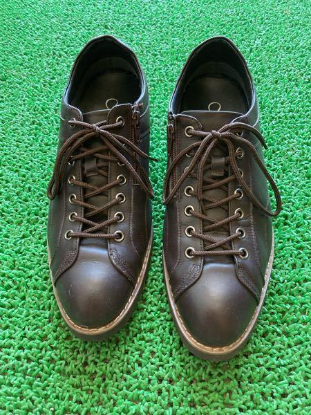 面接に履いて行く革靴は下記の画像のような感じで大丈夫ですか? 色はダークブラウンです。