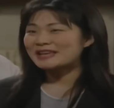 古畑任三郎に出演していた女優さんは誰ですか? 「古畑風邪を引く」で薫子さんの替え玉をしてました。