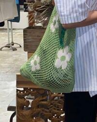 このトートバッグどこのかわかりますか??