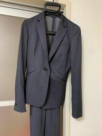就職活動のスーツにこれは使えますか? 女性です。柄はありません。