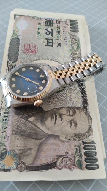 こういうスイス人女性のコメントをどう思いますか?ロレックスの時計を持ってますか?私のような日本人で上品な知的な紳士はロレックスの時計は持っております\(^o^)/