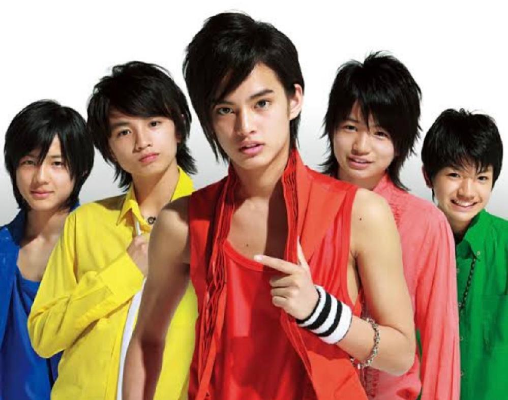 ビーアイシャドウって、めちゃイケから生まれたユニットですか? 左から、川村エミコ、有野晋哉、岡村隆史、大久保佳代子、濱口優のモノマネ。
