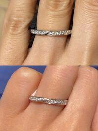 銀座ダイヤモンドシライシ エクセルコダイヤモンド  系列店ですが、どちらが結婚指輪としていいと思いますか? 両方とも似ているデザインで迷っていて店舗の照明の関係のせいか、ダイヤモンドの輝きが違うような気がするのですがどちらが綺麗ですか?