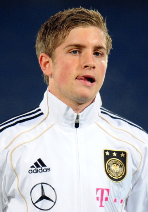 【サッカー】この人、ドイツ選手のマルコロイスでしたっけ? (^_^;)