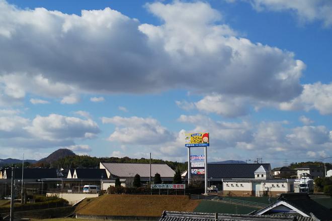香川県綾歌郡綾川町の国道32号沿いにある道の駅「滝宮」が今年3月28日にリニューアルオープンしましたが、何処が変わったのですか?
